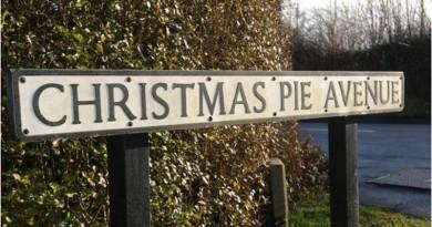Christmas Pie Avenue