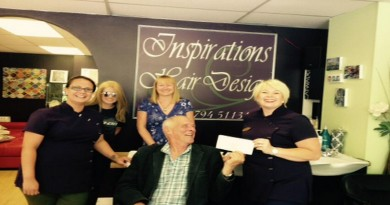 Victoria Smith-Dowse receives cheque