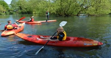 Kayaking and paddleboarding new at Charlton Lakeside