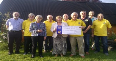 Wickham Charity Beer Festival pulls in L2,000 for local Citizens Advice service