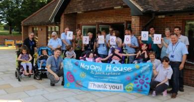 Naomi House & Jacksplace Celebrate
