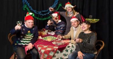 seasonsgreetings-preview-at-chesil-theatre-by-david-mckibbin