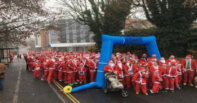santa-fun-run-starts