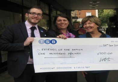 Friends of the Family receives £100 to kick start partnership with local bank