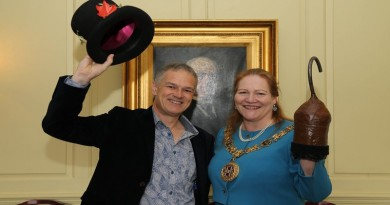 Deryck Newland and Cllr Rutter, Mayor of Winchester