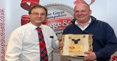 Master Butcher Richard Woods wins gold award at 2017 Great Hampshire Sausage and Pie Competition.