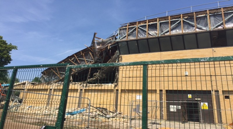 Nostalgic Times As The Old Leisure Centre Is Demolished Mlg Gazettes