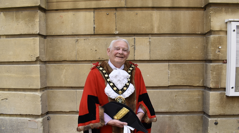 MBE honour for Test Valley mayor Ian Carr