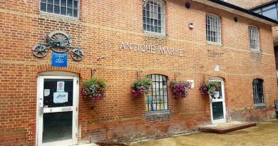 Antique Market building
