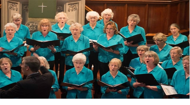 Romsey Ladies Choir with Octavi-us Christmas Concert in aid of George's Trust
