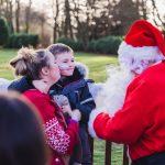 Father Christmas pays flying visit to children and families at hospice 6
